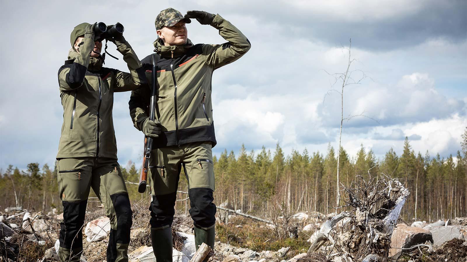 Anar Magga ja Suohtas Green metsästyspuku